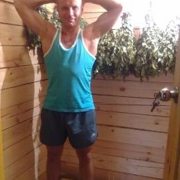 Молодой и горячий парень ищет девушку для секса в Курске