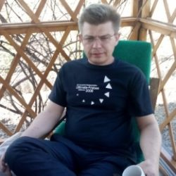 Парень из Москвы. Ищу девушку с пирсингом на языке, для встреч