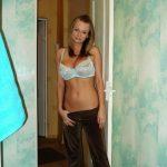 Молодая девушка познакомится для интим отношений с мужчиной в Курске
