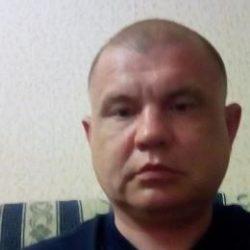 Не русский парень ищет девушку для интима в Курске